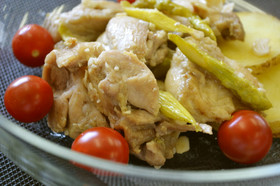 夏バテレシピ 鶏もも肉とアスパラのガーリック炒め