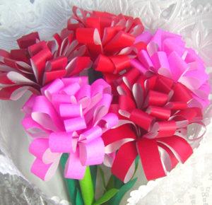 母の日の製作アイデア「折り紙で作る花」